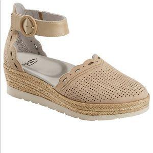 Earth Espadrille Sandal - worn once